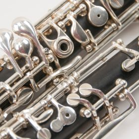 fox-400-oboe-light-background-double-top-left